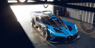 100 l (22 gal) towing capacity: Bugatti Bolide Is An 1825 Hp Lightweight Track Monster