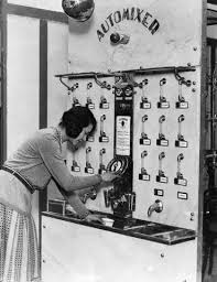 Vending Machine History Gorgeous 48s Cocktail Vending Machine The Thirties Pinterest Vending