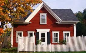 Red houses with white trim Ranch Style Red House White Trim Black Shutters Pinterest Red House White Trim Black Shutters Home Ideas In 2019 Pinterest