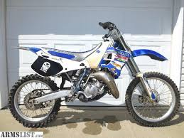 yamaha 125 dirt bike for sale. up for sale i have a yz125 yamaha 2 stroke dirtbike. yamaha 125 dirt bike for sale e