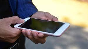 Yurt dışından getirilen telefonları yasa dışı olarak 100 liraya kayıt  ediyorlar! İşte o yöntem... - Son Dakika Haberler