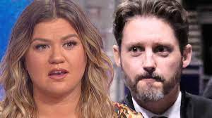 Kelly Clarkson asks judge to declare ...