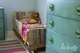 diy toddler pallet bed bedroomeasy eye upcycled pallet furniture ideas