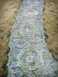 How To Build A Stone Medallion Garden PathMosaic Garden Path