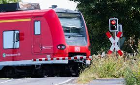 Maybe you would like to learn more about one of these? Bahn Streik 2021 Im News Ticker Nach Dem Zweitagigen Bahnstreik Volle Zuge Auf Hauptstrecken News De