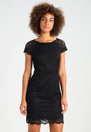 moderne jurken