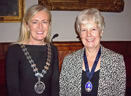 the liverpool society of anaesthetists dr ellen o sullivan president of the college of anaesthetists of is pictured the lsa president dr janice fazackerley