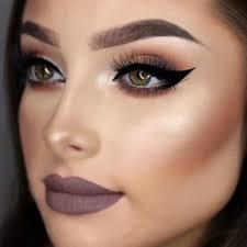 insram makeup vs natural what looks better
