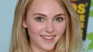 AnnaSophia Robb's Biography, Age, Height, Body, Bio data & Untold Stories -  WikiBioPic
