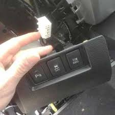 tundra 2015 brake controler harness web3us llc the integrated brake controller link is external is right under the tow haul button you have to take the lower dash out to bolts and pull lightly