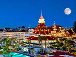 Christmas Getaways with Kids   Best Holiday Destinations   Ciao ...