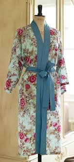 Kimono Robe Pattern Cool Floral Oriental Kimono Robe Free Sewing Patterns Sew Magazine