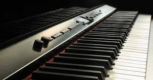 Alat musik ini mampu menghasilkan lebih dari 3 nada sekaligus untuk dimainkan. 6 Alat Musik Harmonis Yang Perlu Diketahui Bukareview