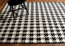 amazing houndstooth rug in love with this dhurrie 5 colors home interior unparalleled houndstooth rug vintage ethan allen