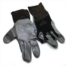 black atlas touch screen compatable garden gloves by walts organic