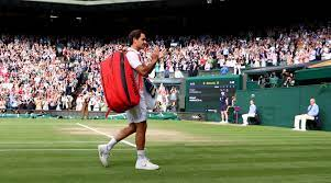 Roger Federer beaten in three sets by ...