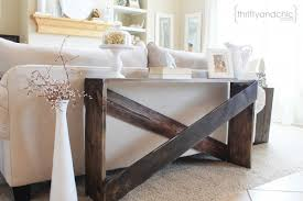 cute and easy diy sofa table featured on remodelaholic
