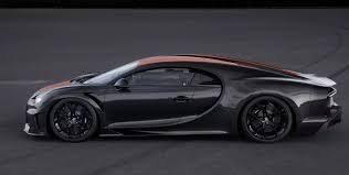In simulations, it does 0 to 124 mph in just 4.36 sec., 0 to 186 in 7.37 sec., and hits top speed in 33.62 sec. 2020 Bugatti Chiron Super Sport 300 Top Speed