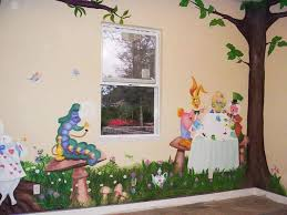 Awesome Dining Room Idea With Alice In Wonderland Theme : Design .