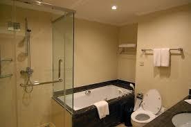 Design Bagno Piccolo : Bagno completo con doccia armadio design inspiring ben
