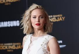 Jennifer Lawrence New Hair Style jennifer lawrences blunt bangs haircut instyle 4959 by stevesalt.us