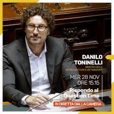Danilo Toninelli - Oggi alle 15.15 risponderò al Question Time alla Camera.  Collegatevi in diretta! -> https://goo.gl/WiLrVe