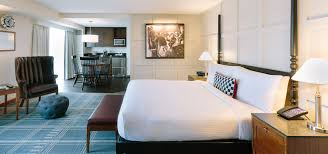 cambridge hotels ma the charles hotel rooms suites hotels near boston