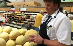 Produce Manager Monday Motivator Tips On Picking And Preparing Fruit