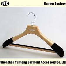 msw017 velvet flocked natural wooden color men suit hanger with anti slip pants bar