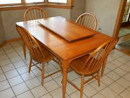 kitchen set including table leaf 4 chairs