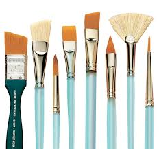 diffe types of paint brushes