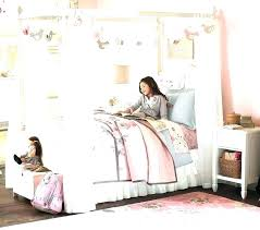 Farmhouse Canopy Bed Bedroom – amers