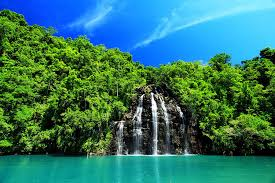 Resultado de imagem para lindas cachoeiras do mundo