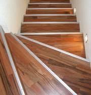 Reparaturwinkel für die treppe (7). Treppenkantprofile Nonnenmacher Riegg