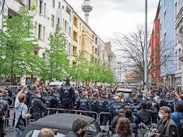 Der berliner senat hat am donnerstag weitreichende beschränkungen. Demonstrationen Gegen Corona Regeln In Berlin