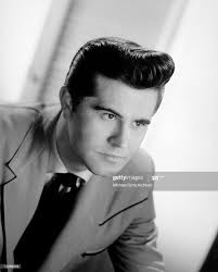 Rockabilly singer Warren Smith poses for a portrait circa 1965. News Photo  - Getty Images