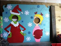 Christmas Booth Ideas Best 25 Grinch Christmas Ideas On Pinterest Grinch Christmas