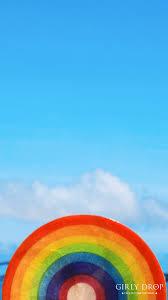 オシャレなiphone壁紙インスタ映えバッチリ可愛い虹のシェル