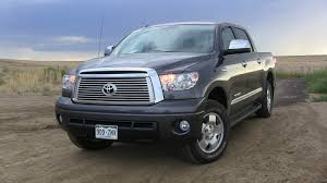 Review: 2013 Toyota Tundra CrewMax 4x4 - Can Lift Heavy Weights ...