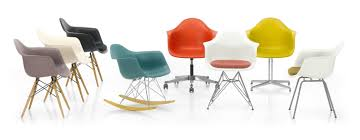 Famous Plastic Chair Design Charles And Ray Eames Charles Ray Eames Lounge Chair