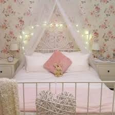 the 25 best floral bedroom decor ideas