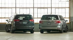 2018 Honda Odyssey 2017 Chrysler Pacifica Vs.  Y