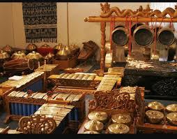 Soal seni musik yang kami sajikan kali ini hanya ada satu, yaitu soal piliha ganda/ pilgan (multiple choice) sejumlah 50 soal. Seni Urang Jawa Barat Home Facebook
