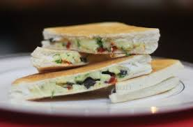 Grilled Cheese Sandwich With Black Olives And Sun Dried Tomatoes