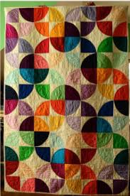 10 Drunkard's Path Quilt Patterns – Get Inspired by this ... & I love traditional quilt patterns just as much as the new modern quilts.  Drunkard's Path is a traditional pattern that can often look very modern. Adamdwight.com