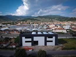 Domus Agenzia Immobiliare | Capannone artigianale in vendita a Montemurlo  (PO)