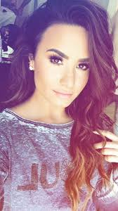 Best 25+ Demi lovato makeup ideas on Pinterest | Demi lovato hair ...
