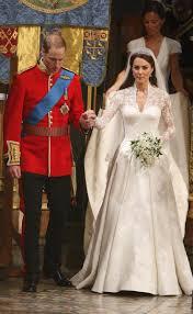 メーガンマークルが結婚式で着用するウェディングドレスのデザイン画