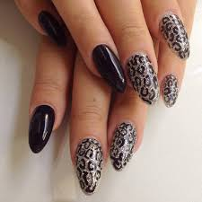 Top Black Pointy Nails with Design