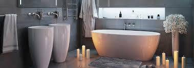 best bathtub walls